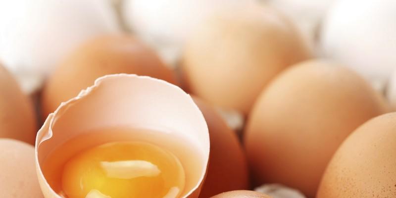 Uova crude ed alimenti a rischio