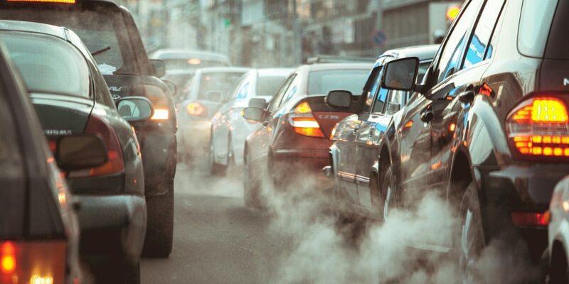 Qualità dell'aria, dal 1° marzo misure anti-smog straordinarie in tutti i Comuni di pianura e fondi per la mobilità sostenibile